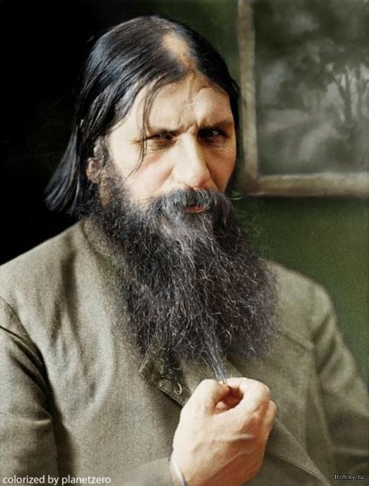 Григорий Ефимович Распутин – близкий друг царской семьи, помогавший наследнику Алексею бороться с болезнью.