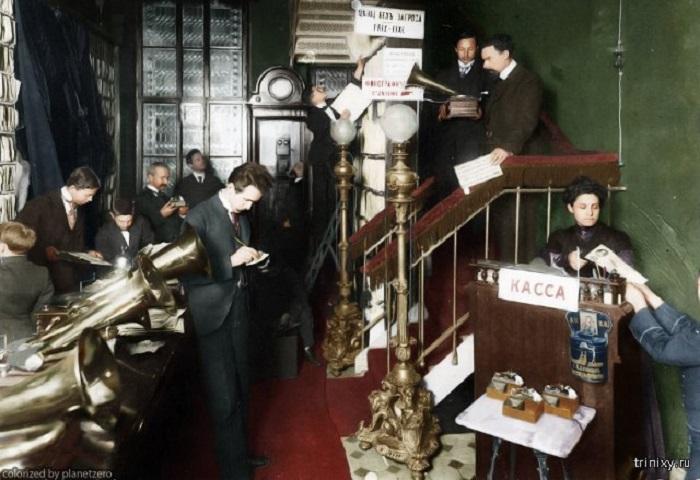 К 1910-му году граммофоны, которые пользовались популярностью, стали успешно производить в России.