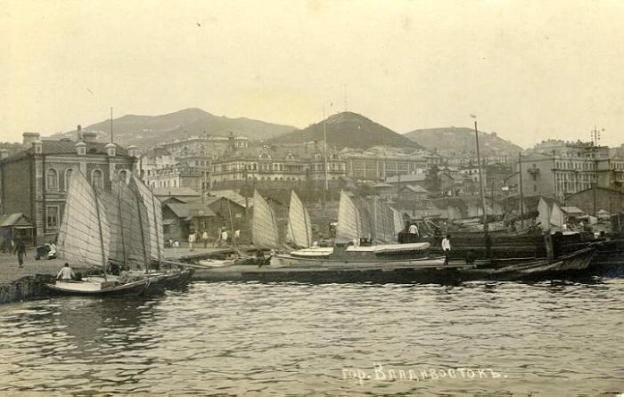 Рыбацкая пристань, 1903 год.
