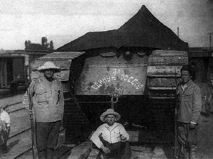 Перед отправлением на фронт, 1919 год.