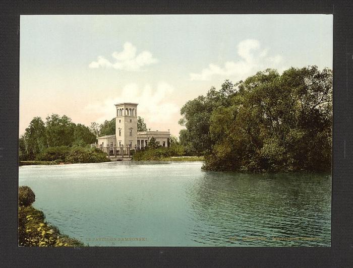 Вид Лугового парка с колоннады Бельведера, фото 1877 года.