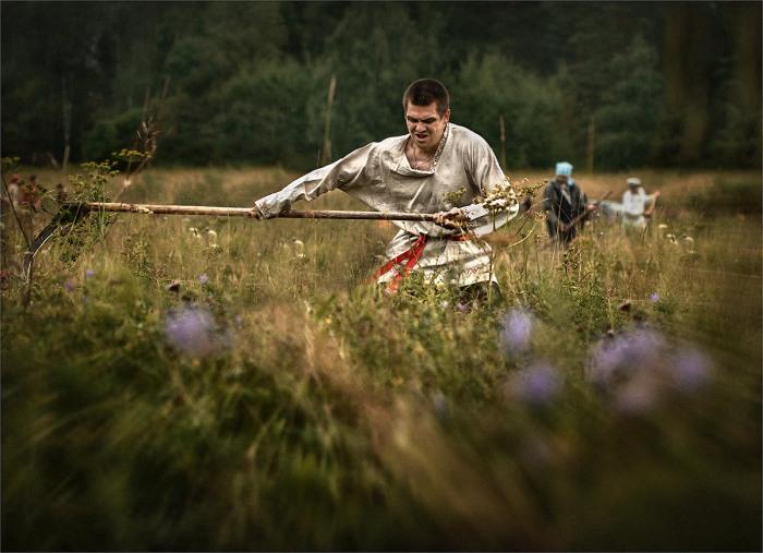 Утренняя работа в полу. Автор фотографии: Александр Поляков.