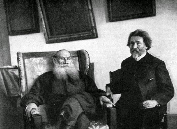 Лев Толстой и Илья Репин в Ясной Поляне, 1907 год.