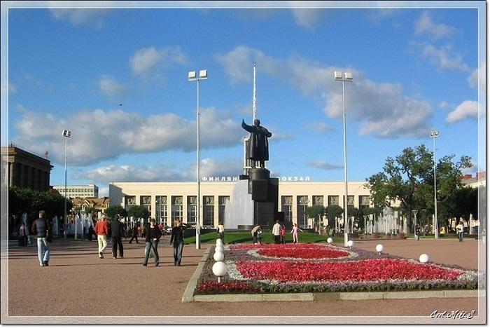 Памятник вождю революции.