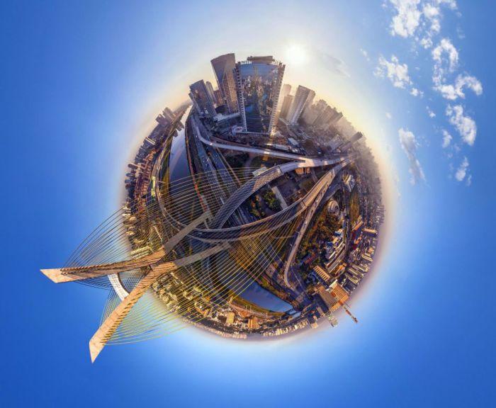 Крупнейший город не только Бразилии и Американского континента.