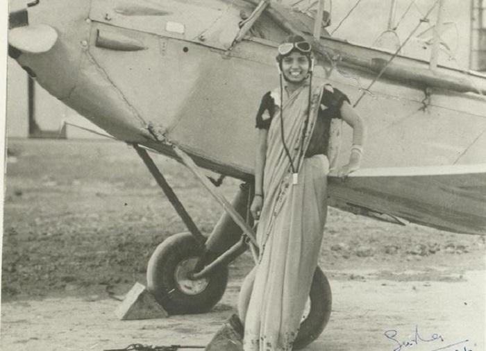 21-летняя Сарла Такрал (Sarla Thakral) — первая индийская женщина, получившая лицензию пилота.