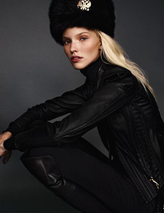 Российская топ-модель и актриса с мировым именем является лицом линии «Dior Beauty».