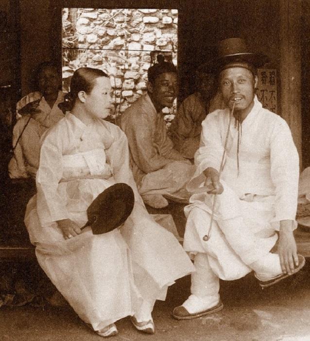 В гостях у родственников в Сеуле, 1903 год