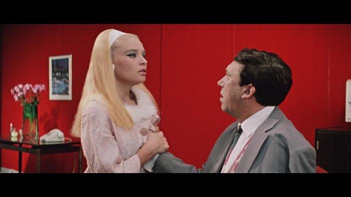 Секс-символ советского кинематографа - Светлана Светличная.