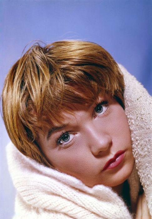 Ширли Маклейн - актриса мирового кинематографа, ставшая законодательницей моды.