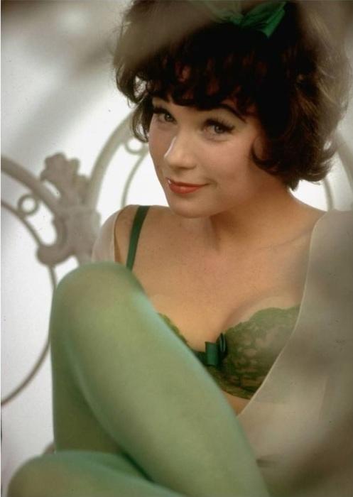 Нежная и красивая Ширли в роли Ирмы.