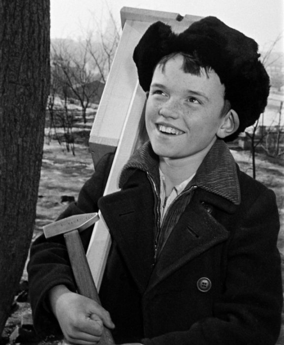 Лев Бородулин, ученик 5-Б класса 16 школы Ленинского района г. Москвы, 1960 год.