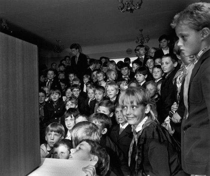 Перерыв между уроками в киевской школе, 1989 год.