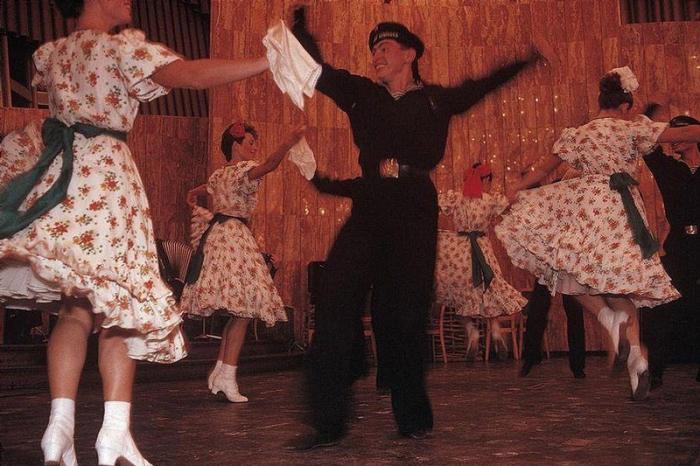 Концерт в ялтинской гостинице, 1988 год. Фотограф Бруно Барби (Bruno Barbey).