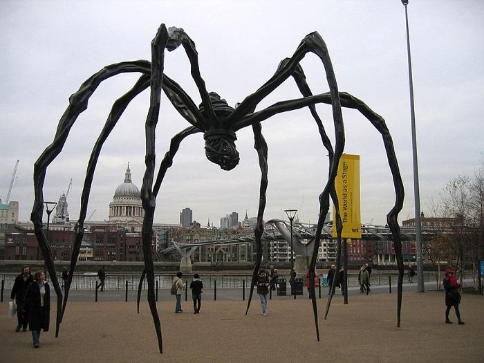 Скульптура, полюбившаяся как жителям Лондона, так и гостям британской столицы.