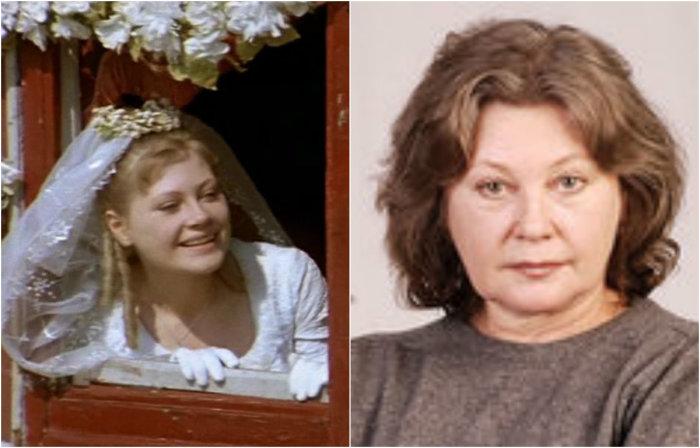 Дебютировала в 1974 году в музыкальной комедии «Соломенная шляпка», сыграв Элен - невесту Фадинара.