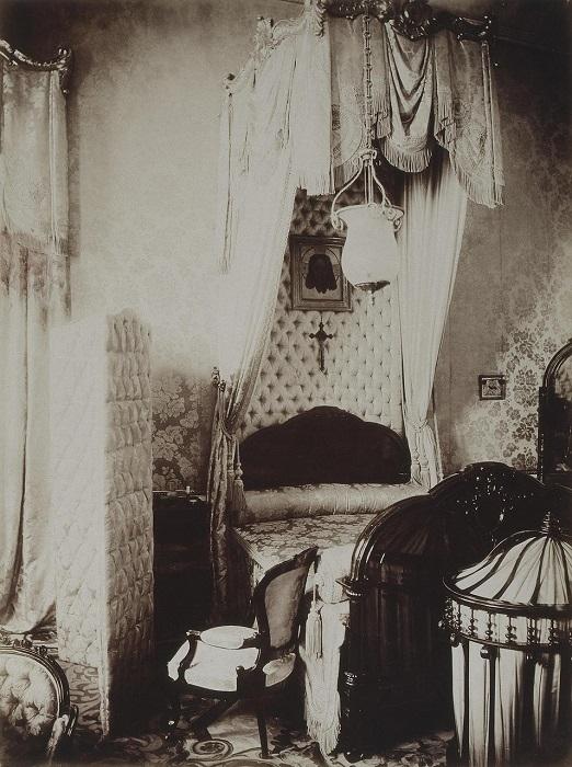 Роскошная спальня.