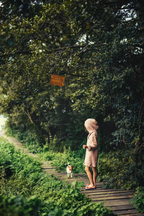 Утренняя прогулка с верным другом.