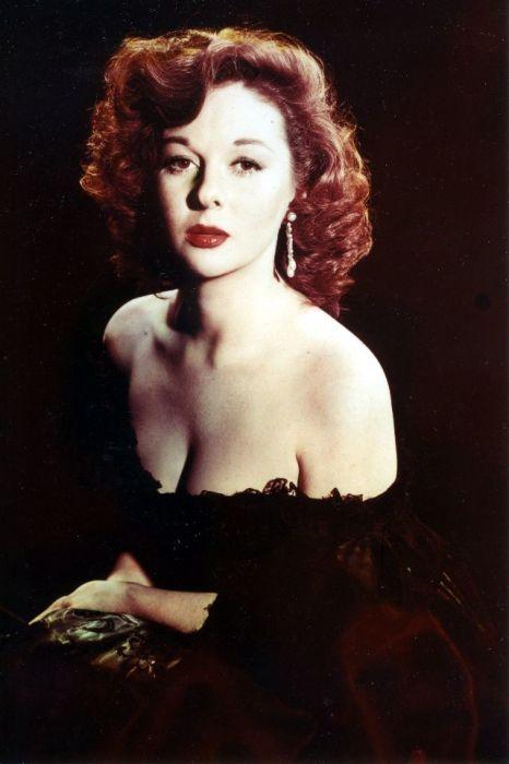 С юных лет Сьюзен Хэйворд мечтала стать актрисой и упорно шла к своей мечте.