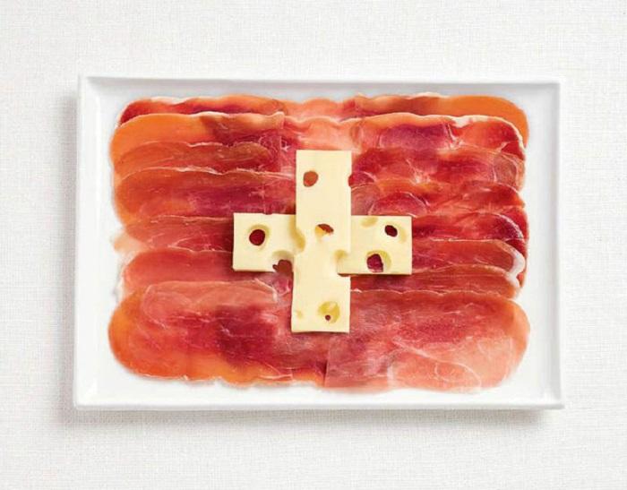 Мясо и сыр.