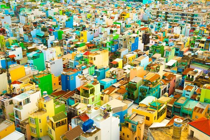 Вид на утренний город с высоты 12-го этажа. Автор фотографии: King Fung Wong.