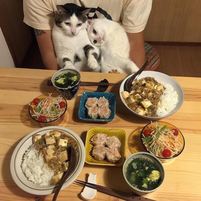 Так, с чего бы начать ужинать?