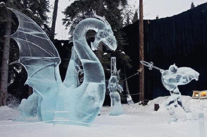 Скульптуры из цельного блока льда на World Ice Art Championship.