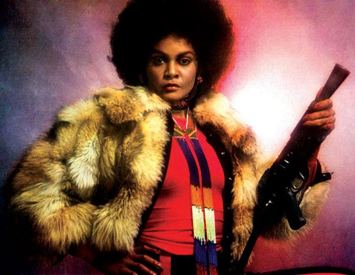 Афро-американская актриса и фотомодель.