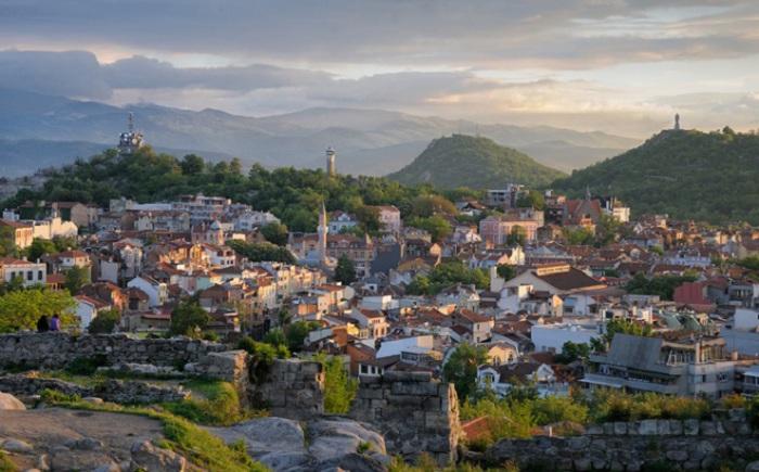Болгарский город существует уже более 6000 лет. Он был основан в 4 000 г д н.э.
