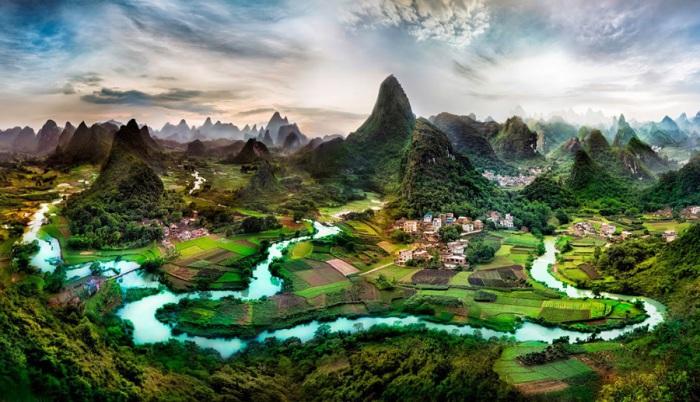 Северная часть провинции Гуанси, к югу от Гуйчжоу и Хунань в Китае.
