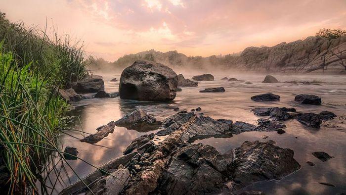 Самая крупная река Украины, бассейн которой полностью расположен в пределах страны. Фотограф Евгений Самученко.
