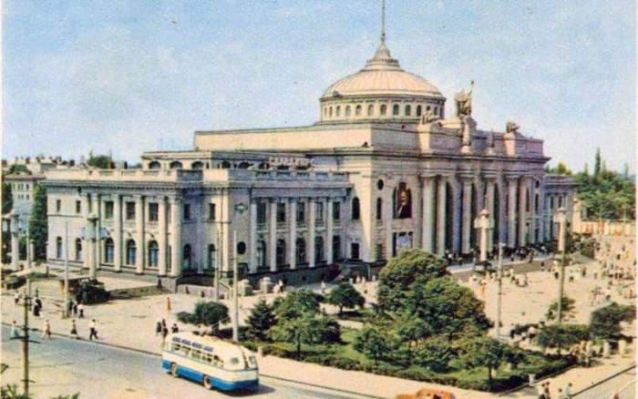 Одесский железнодорожный вокзал, 1962 год.