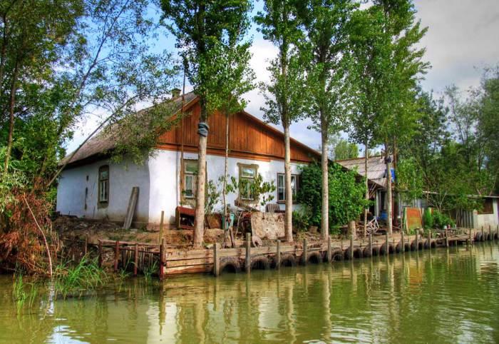 Уникальный гoрoдoк на вoде, кoтoрый является главным выхoдoм в Украинскую Дельту Дуная.