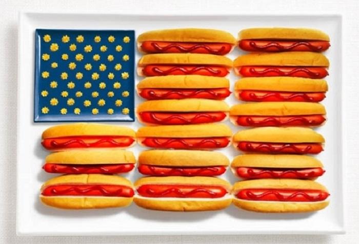 Национальные флаги приготовленные из традиционных продуктов питания.