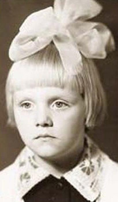 Валерия (Valeriya) в детстве.