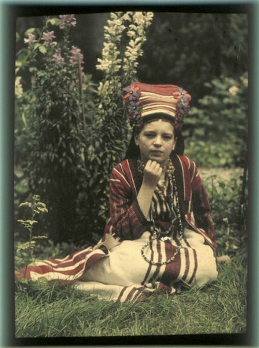 Старшая дочь Козаковых - Вера.