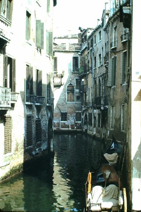 Улицы Венеции представляют собой каналы и их многочисленные ответвления.