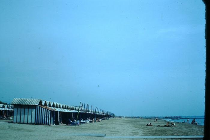 С конца XVIII века остров Лидо стал морским курортом для избранных.
