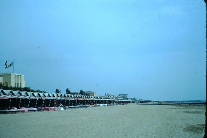 Пляжи пригодные для купания находятся на островах венецианской лагуны.