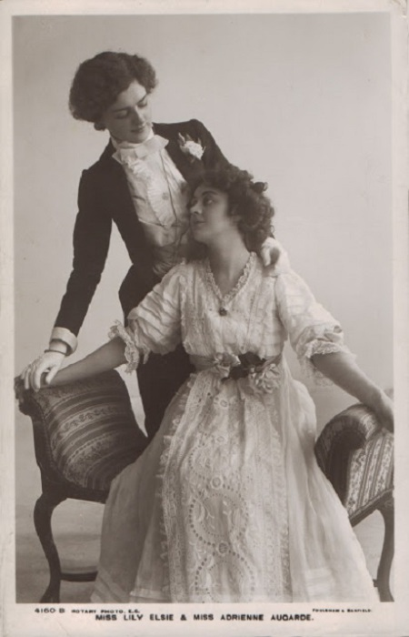 http://www.kulturologia.ru/files/u18476/VictorianQueerWomen-9.jpg