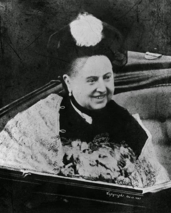 Королева Великобритании из Ганноверской династии.