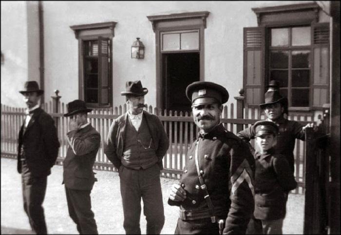 Офицер службы правопорядка. Балканский полуостров, 1903 год.