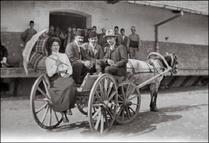 Прибытие в город Эскишехир, 1903 год.