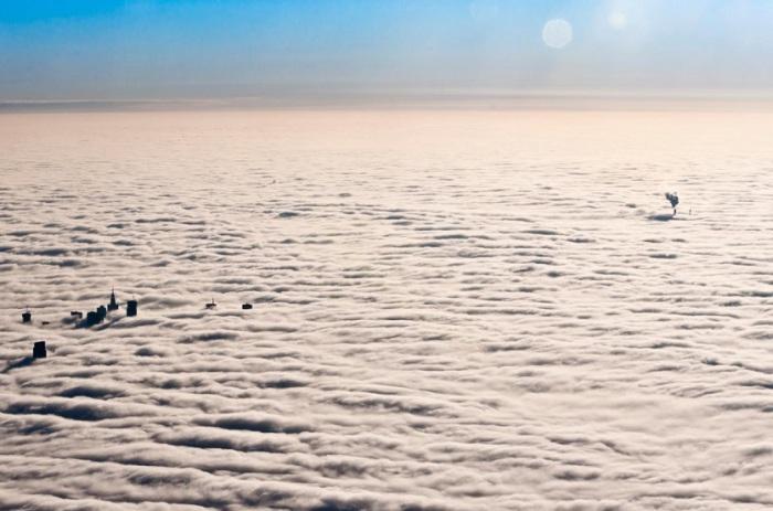 Поразительная красота Варшавы под облаками.