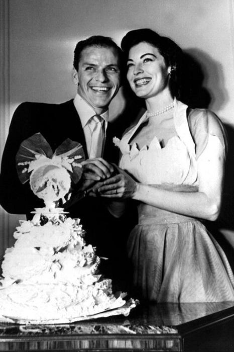Фрэнк женился на красавице актрисе Эве Гарнер уже через десять дней после того как развелся с прошлой женой.