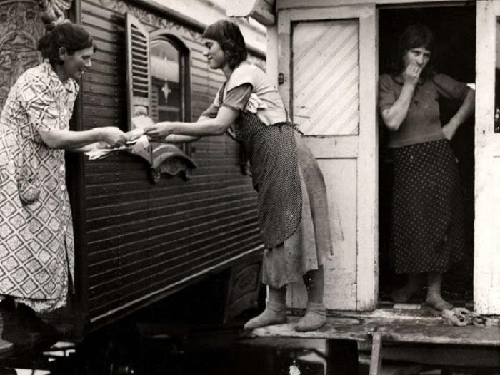 Поучение талонов на питание. Нидерланды, 1940 год.