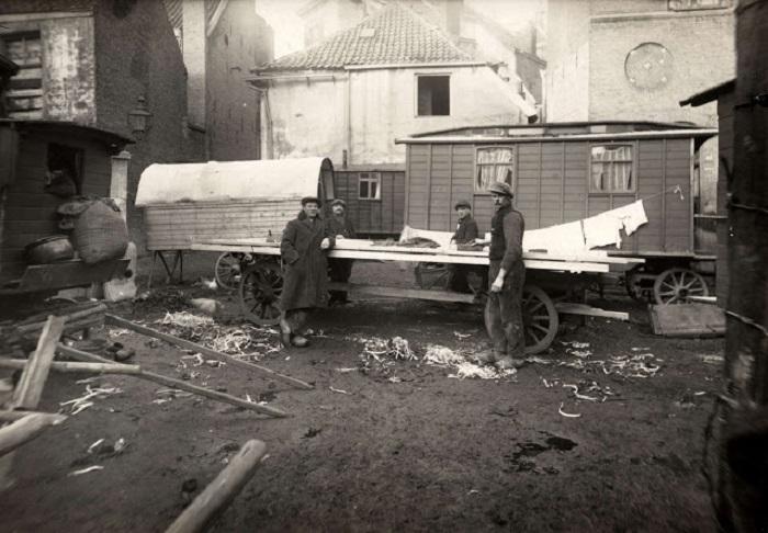 Переносное жилище. Нидерланды, 1940 год.