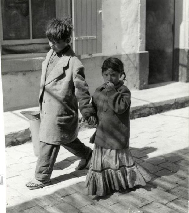 Дети из местного табора.