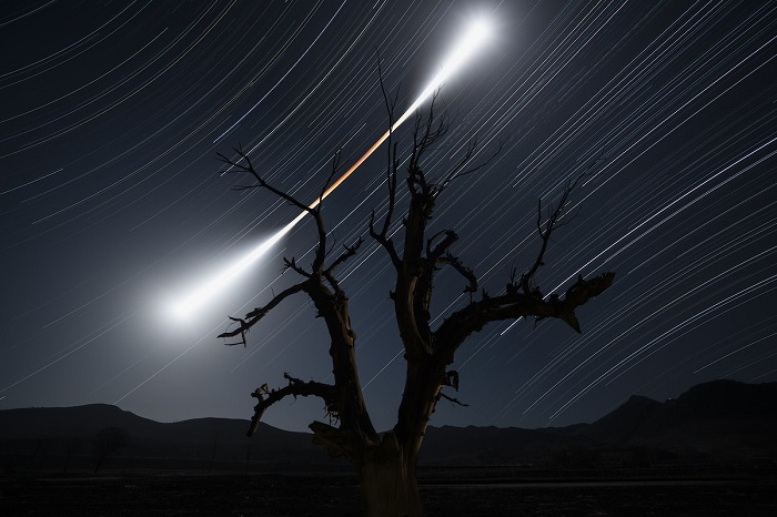 Затмение, во время которого Луна, Земля и Солнце оказались на одной линии.