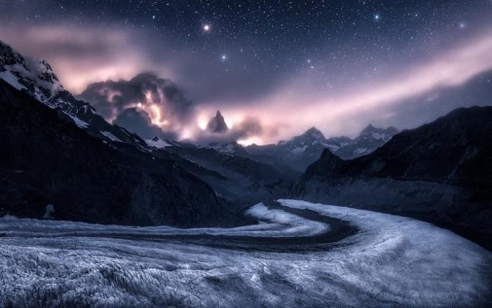 Снимок горного массива Монте-Роза итальянского фотографа Изабеллы Табаччи (Isabella Tabacchi) признан лучшим среди гигапиксельных изображений.